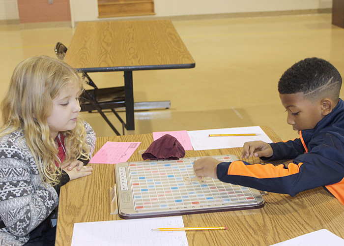 Elementary Scrabble players