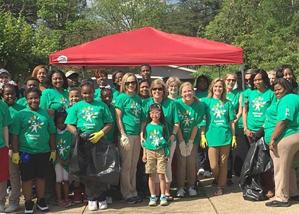Spann Comcast Cares volunteers