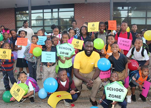 Mayor Yarber with Barr Students at Boys and Girls Club